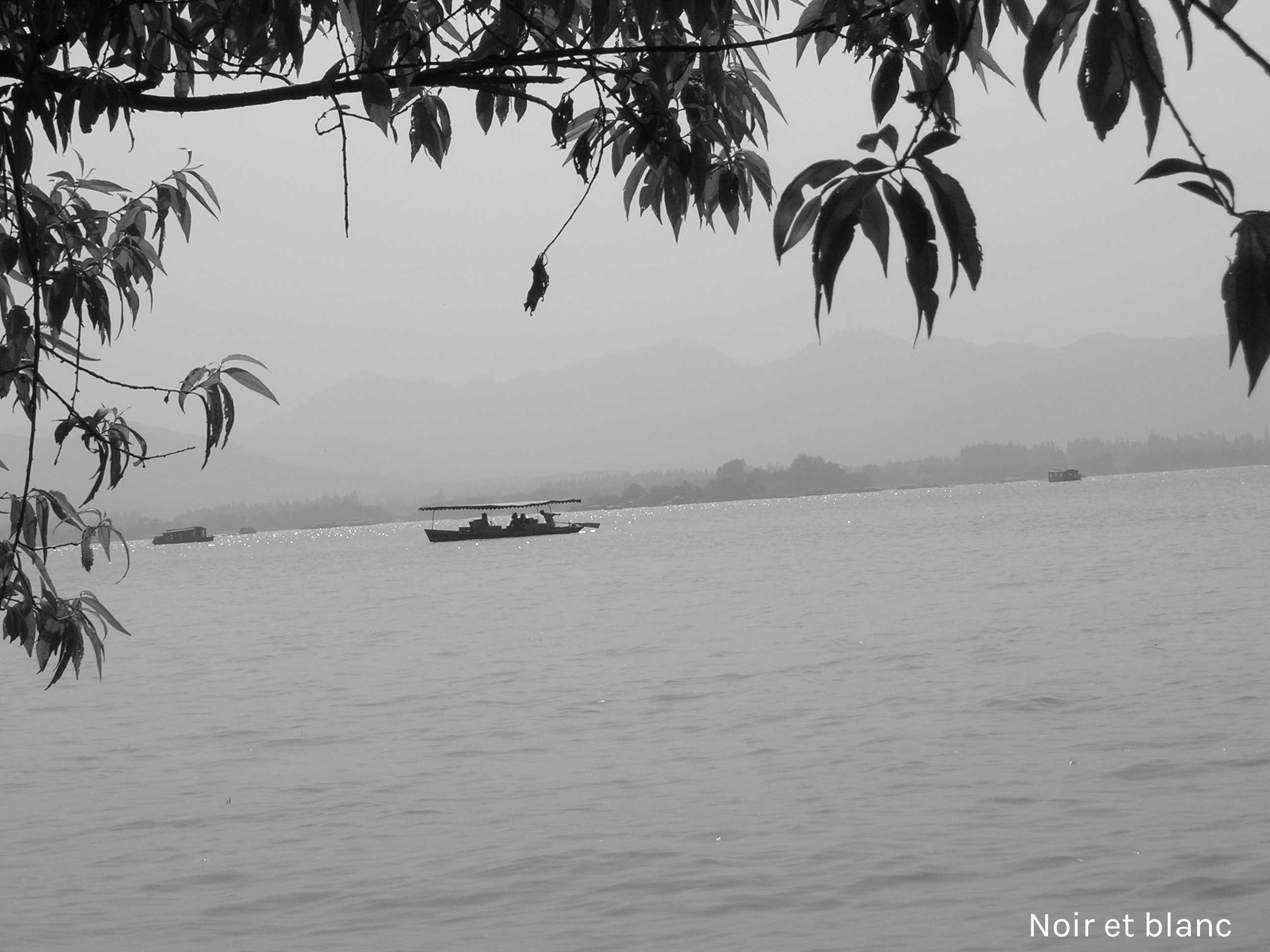 noir-et-blanc-hangzhou