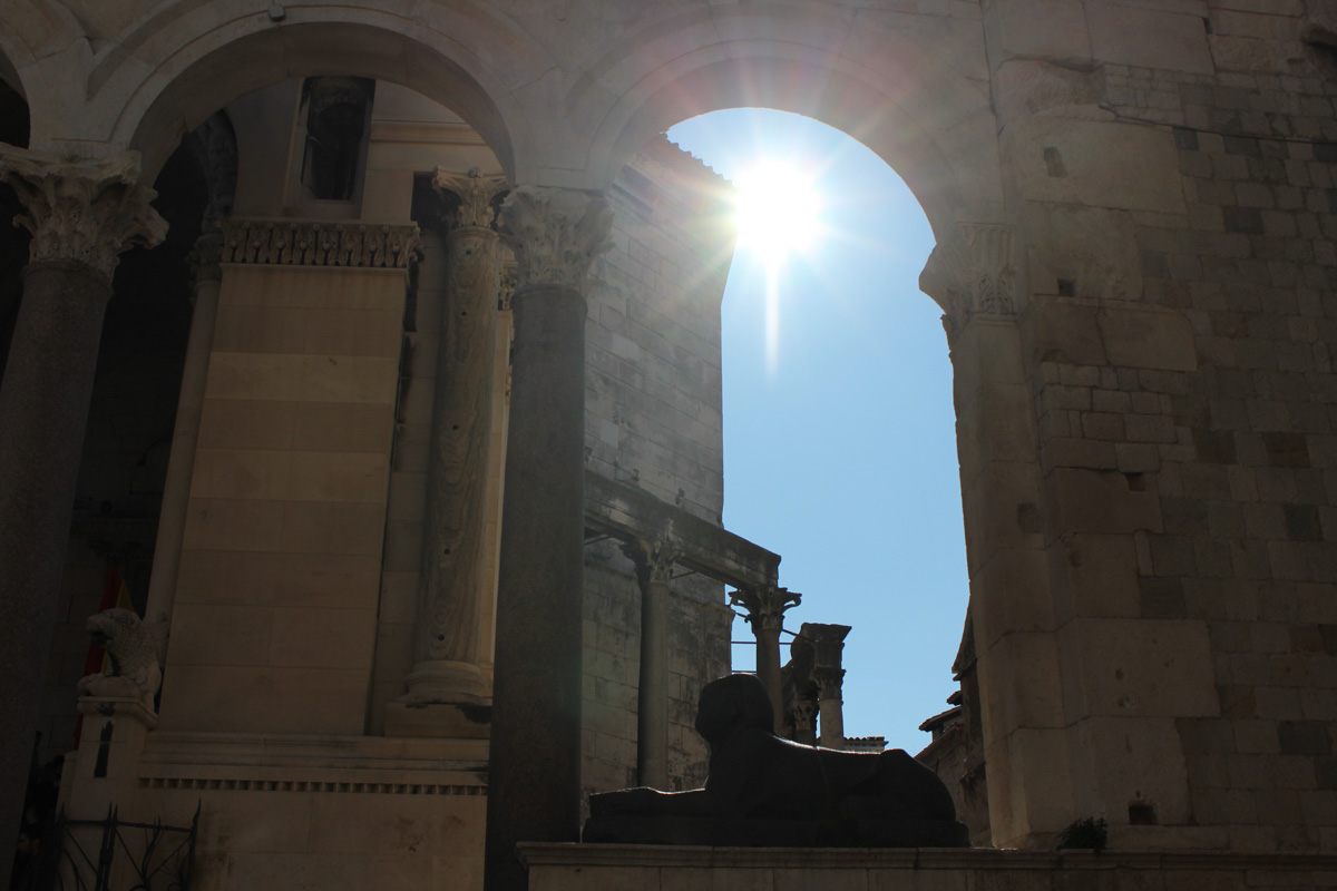 Palais Split