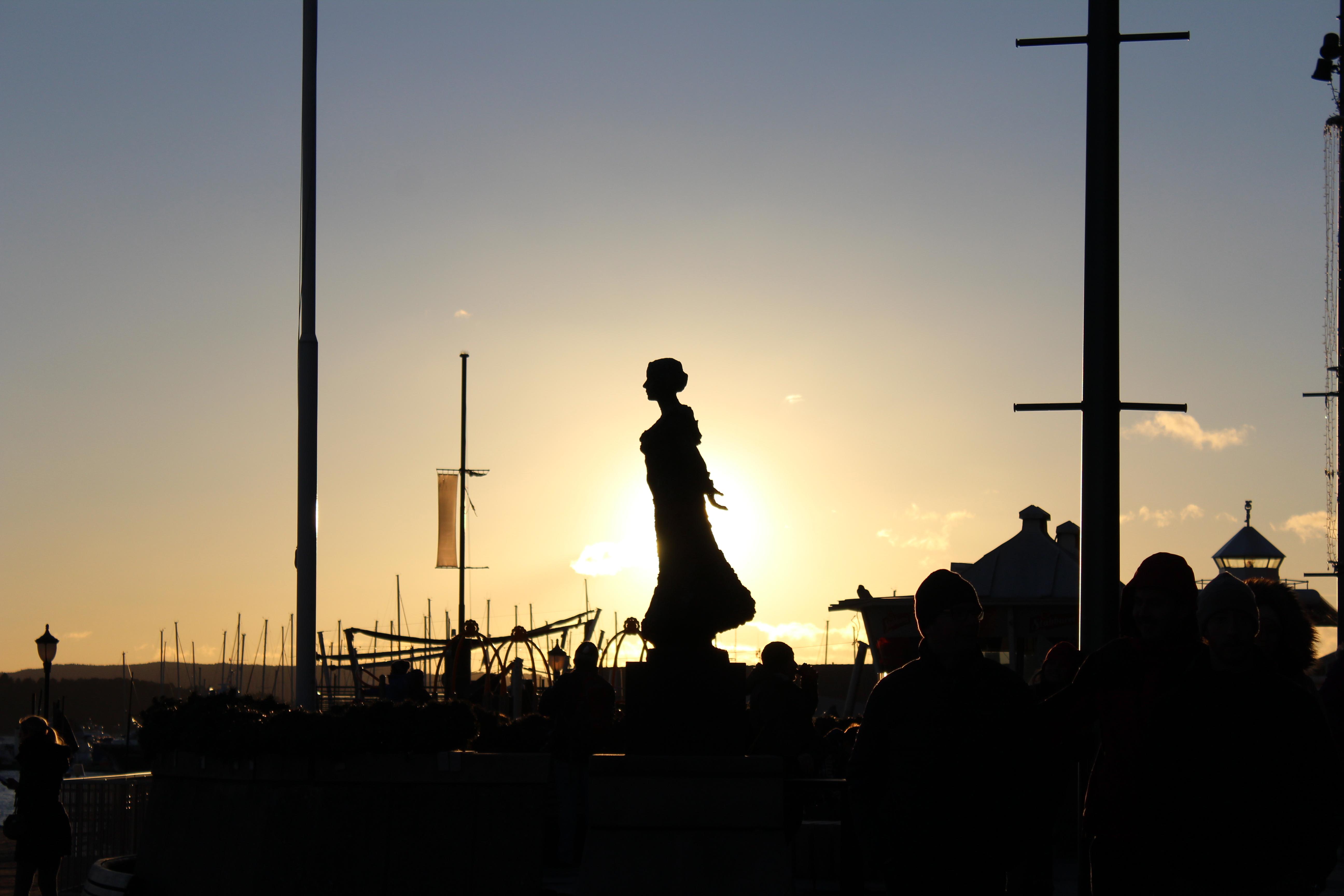 coucher de soleil statue oslo norvège