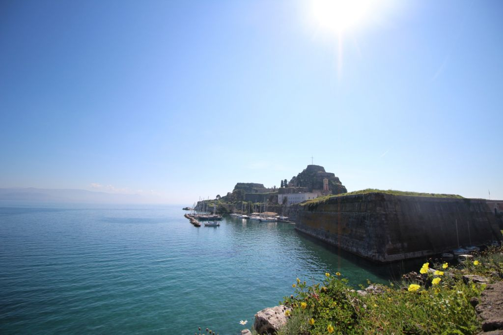 corfu city grèce old fortress