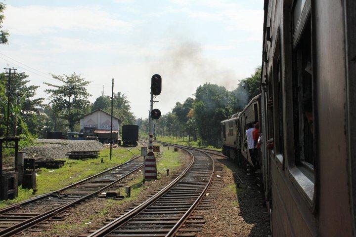 train srilanka